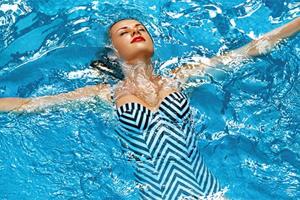Crowne-Plaza-Limassol-Beach-Hotel-Cyprus-pool-membership