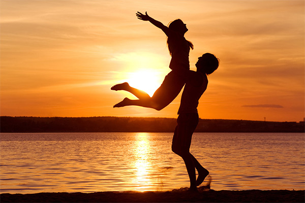 Cyprus-Romantic-Getaway-Offers-Crowne-Plaza-Limassol-Hotel